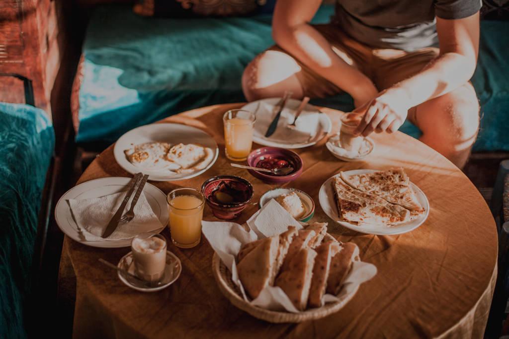 Marokańskie sniadania, co jedzą Marokańczycy?