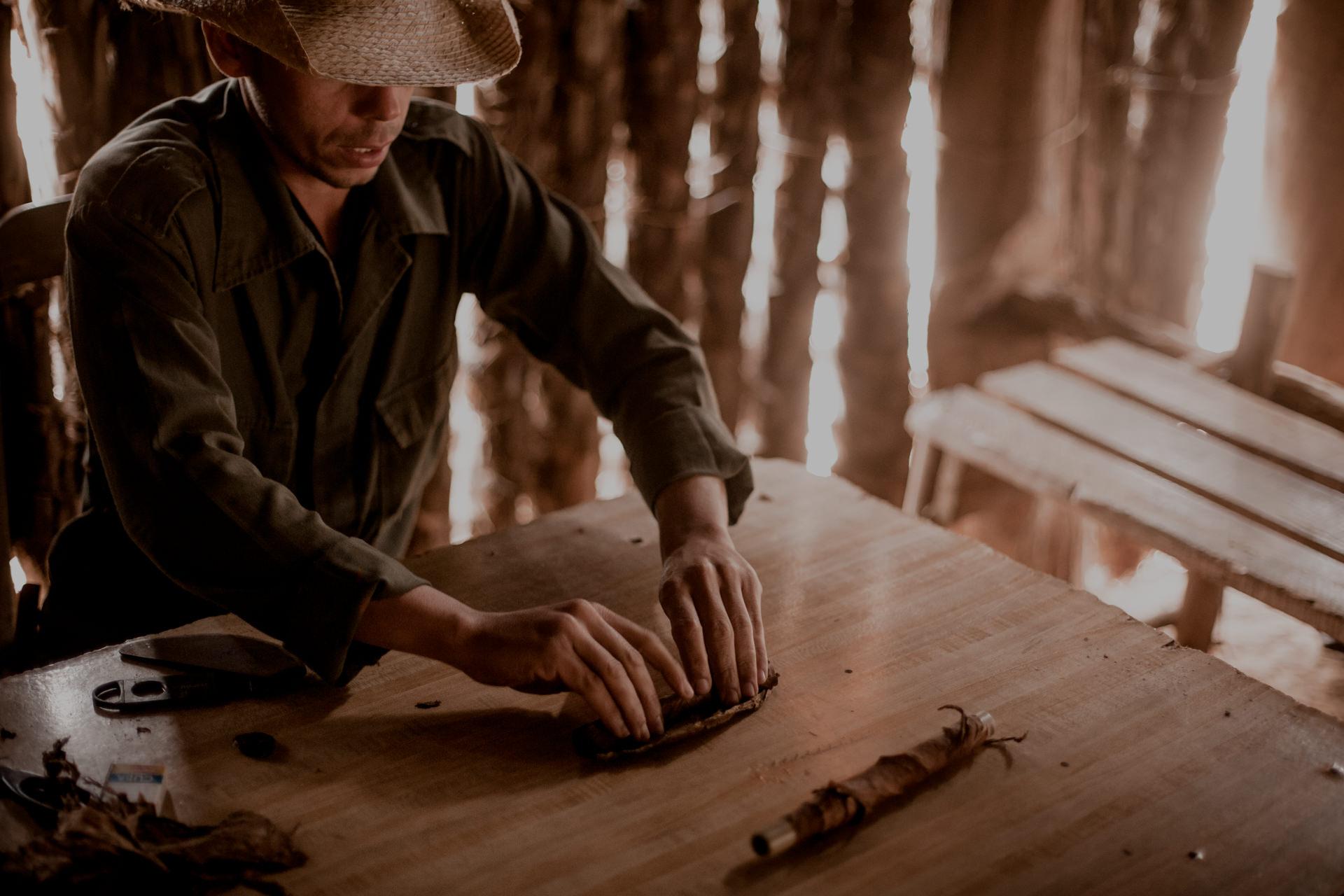 Kuba, Vinales. Plantacje tytoniu i cygara na Kubie