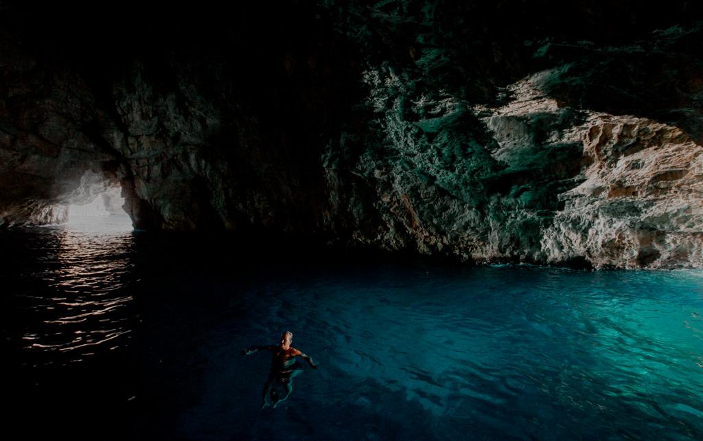 Boka Kotorska jaskinia