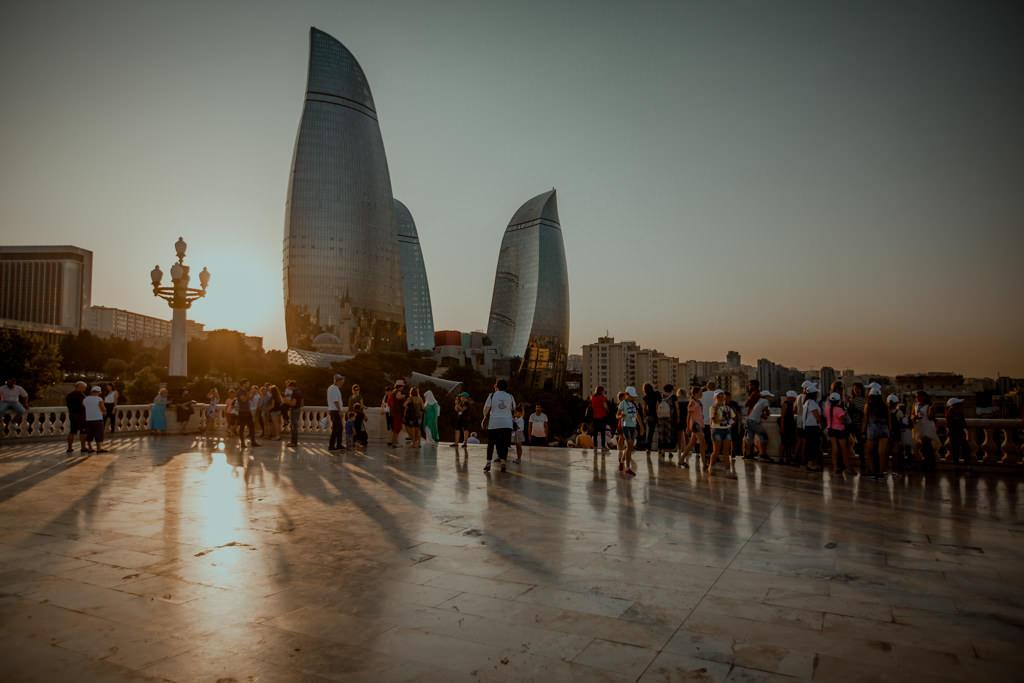 Baku Ogniste Wieże