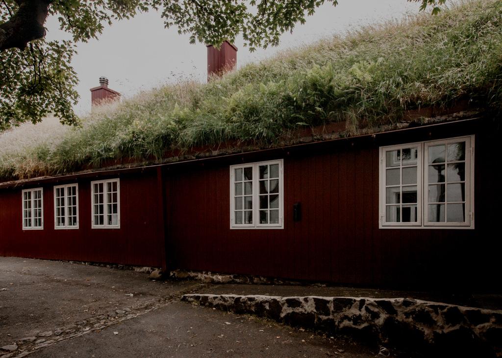 Stolica Wysp Owczych -Torshavn. Zwiedzanie. Wyspa Nolsoy