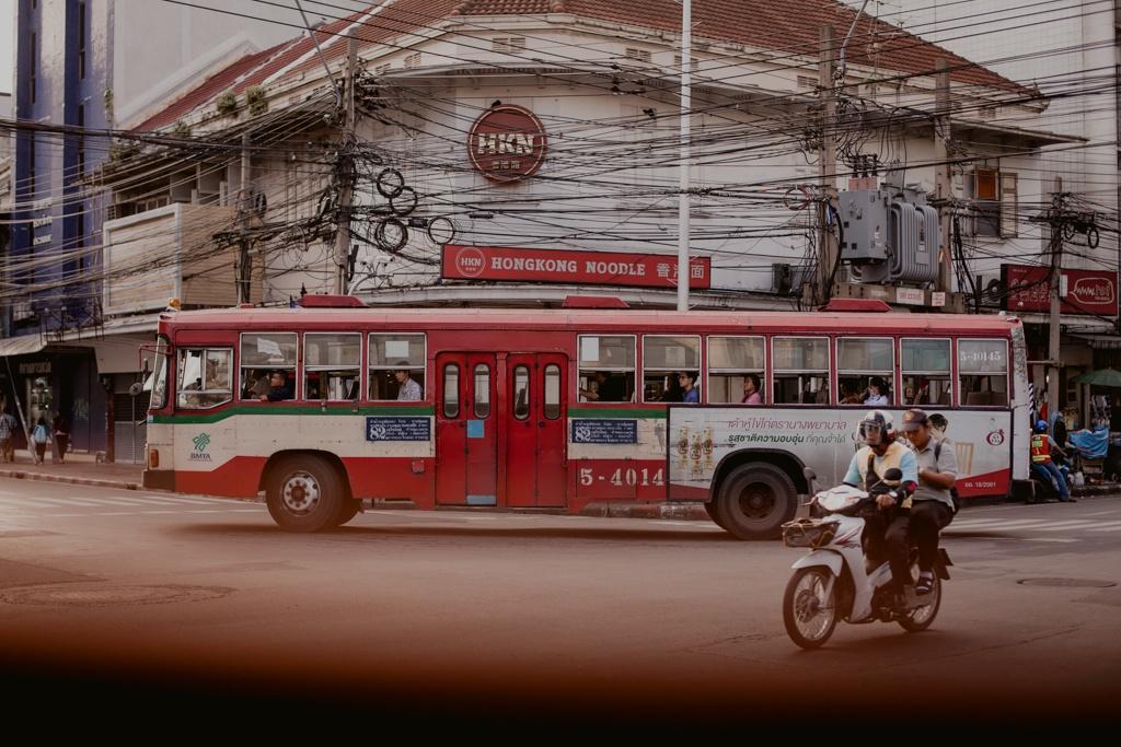 Tajlandia - transport, autobusy, loty