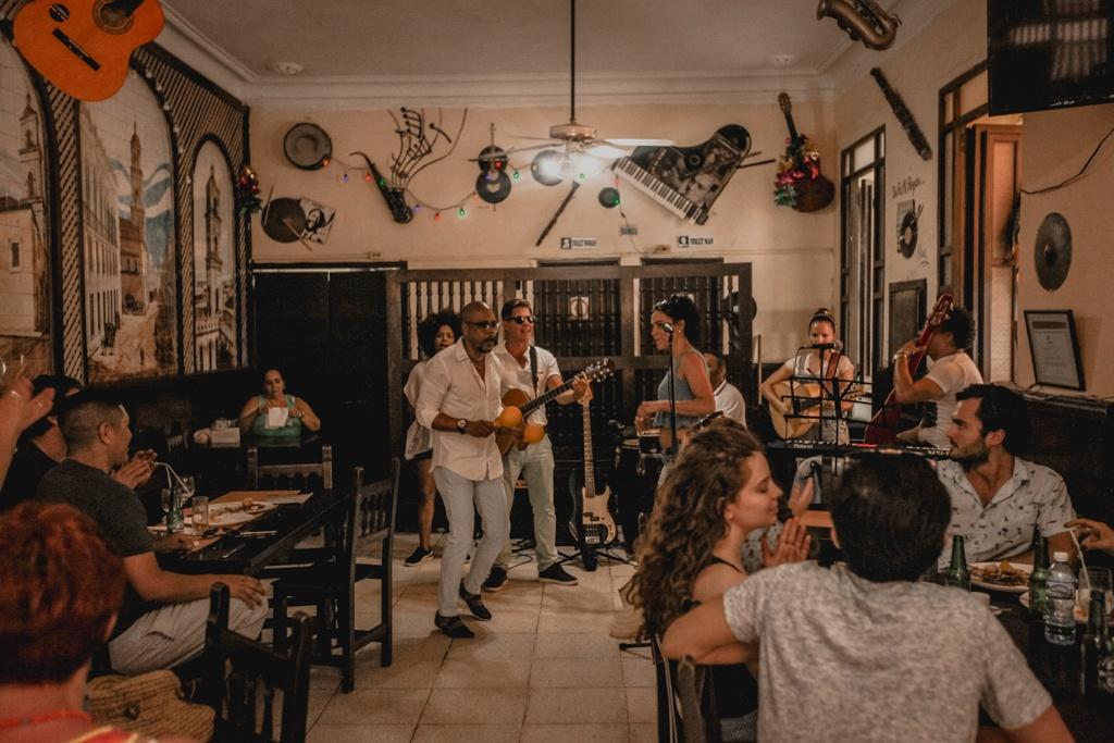 Zabytki, tańce, salsa - Hawana, Kuba. Co zobaczyć