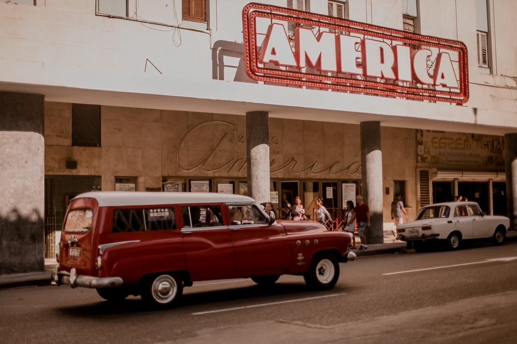 Hawana - Malecon, przejażdżka na Kubie