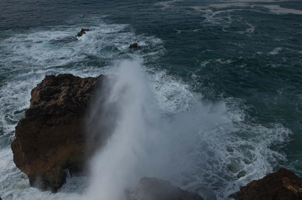 Surfing Portugalia. Najlepsze plaże w Nazare