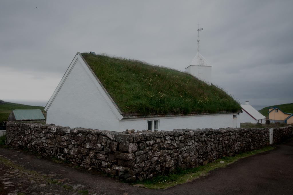 Mykines kościół, religia Wysp Owczych