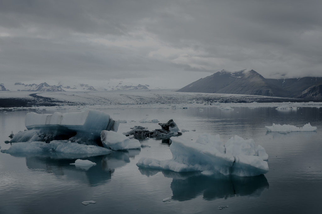 Islandia - jezioro lodowcowe vatnajökull